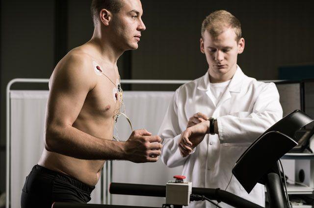 Убегали от инфаркта и догнали его. Как спорт может привести к атеросклерозу