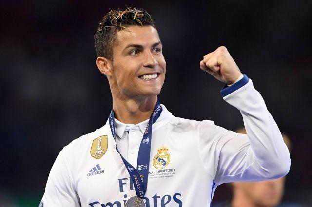 Роналду стал игроком недели Лиги чемпионов УЕФА
