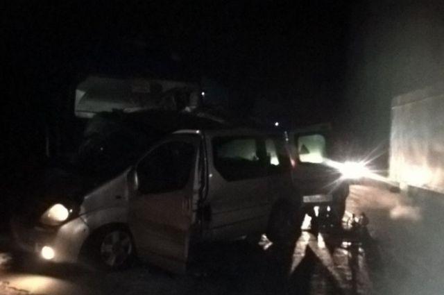 ВЧувашии 5 человек погибли вДТП сфурой