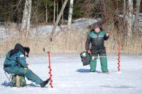 На льду нужно вести себя крайне осторожно.