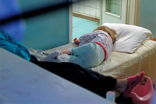 ВПетербурге годовалый ребенок обезжиривателем сжег пищевод