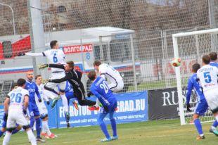 ФК «Оренбург» сокращает отставание до первого места.