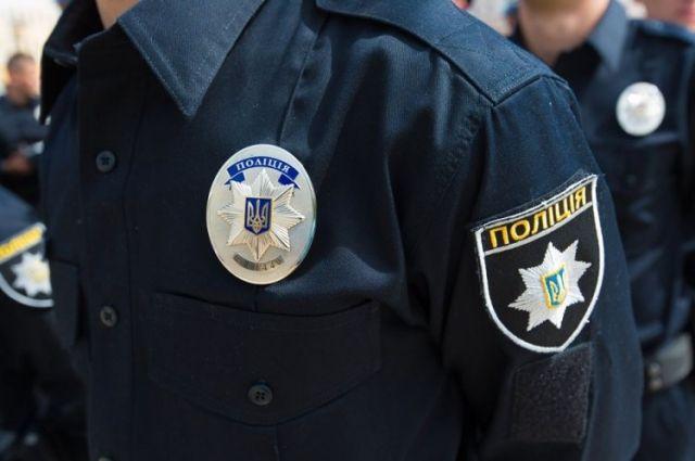 ВКиеве мужчина застрелился наостановке социального транспорта