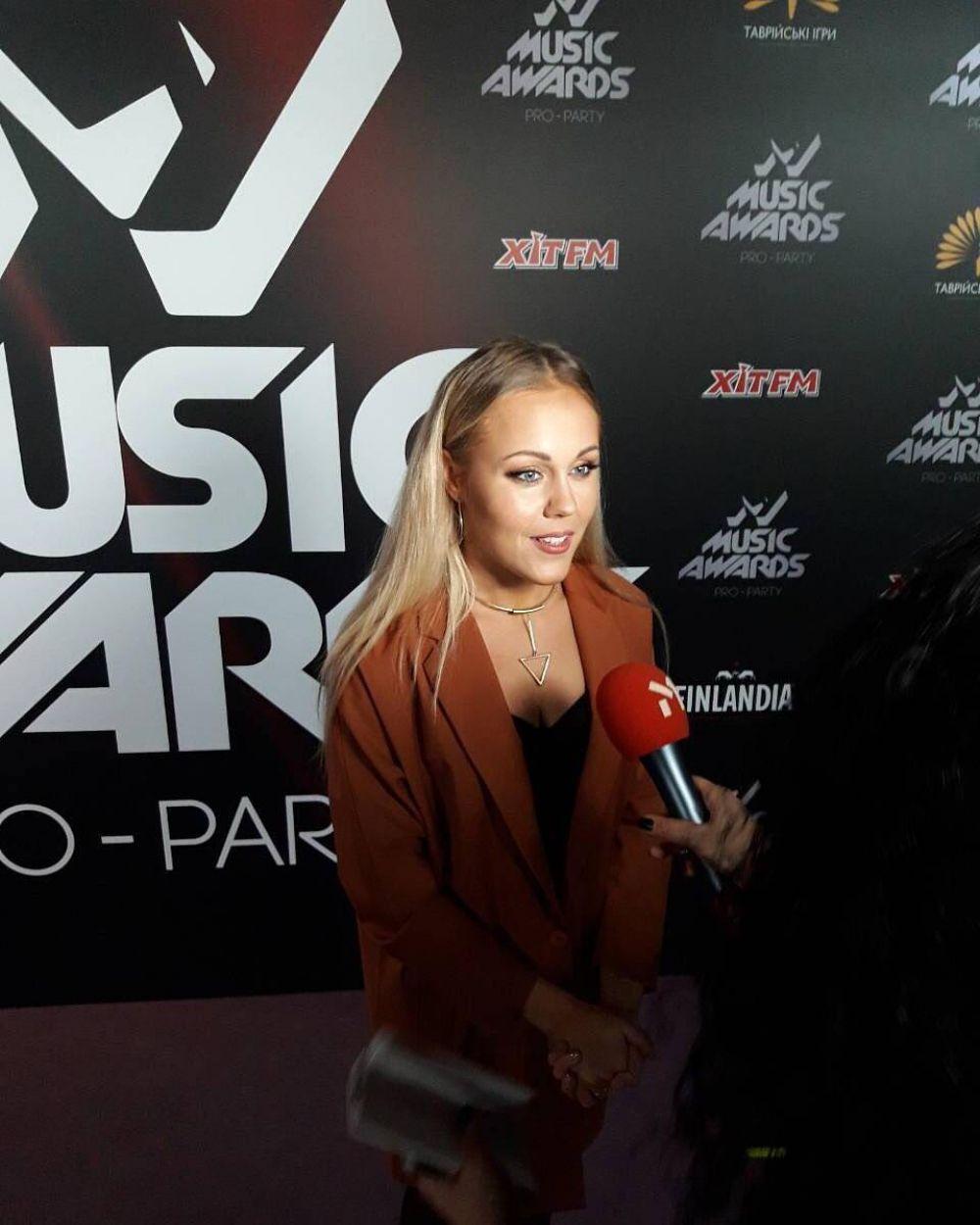 Певица Аlyosha посетила #m1musicawards