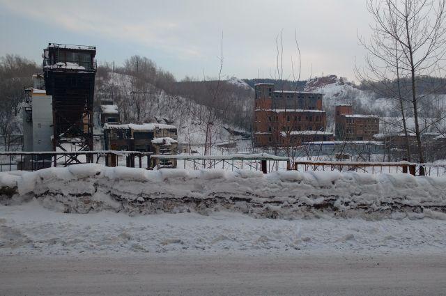 Кузбасскую шахту оштрафовали за сброс загрязняющих веществ в реку.