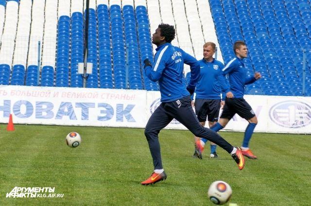 «Балтика» завершила футбольный год на 6-й строчке турнирной таблицы.