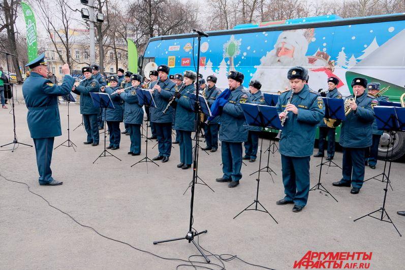 В понедельник, 27 ноября, в Пермь приехал всероссийский Дед Мороз.