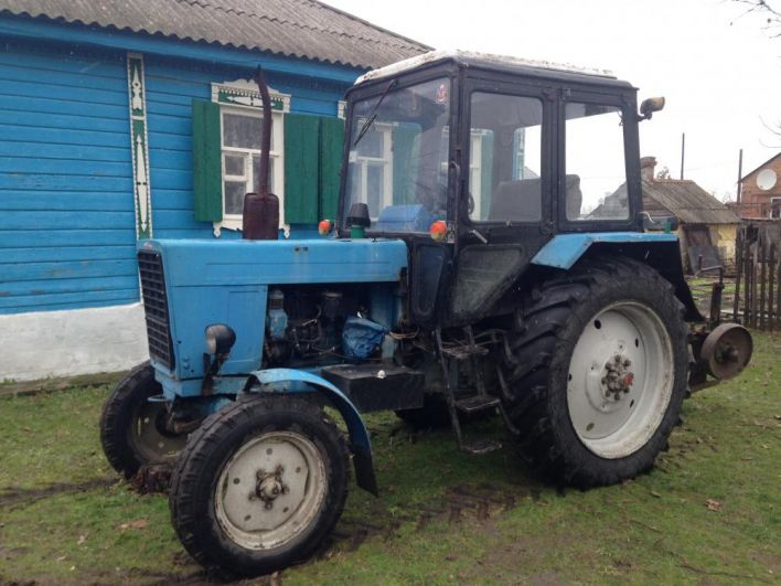 Арендовали трактор.