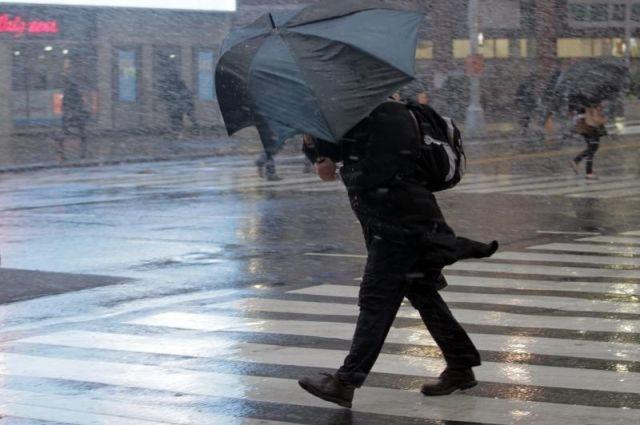 На юге Украины объявили штормовое предупреждение