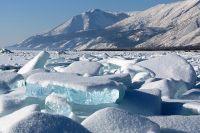 Прозрачный голубой лед может стать редкостью уже в ближайшее десятилетие.