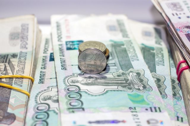 Директора агентства недвижимости обвиняют в мошенничестве на 10 600 000 руб.