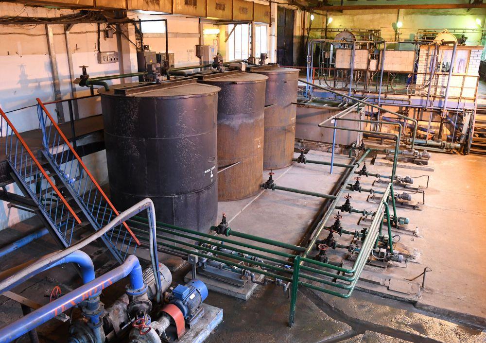 Сейчас воду из осадка отжимают, а в дальнейшем ее будут  отделять с помощью высокой температуры.