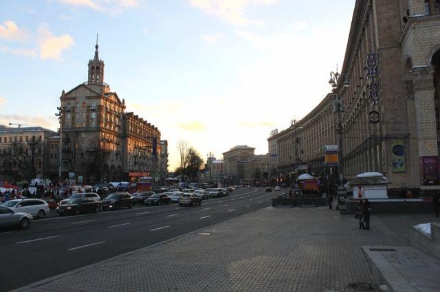 В Киеве начнут эвакуировать не по правилам припаркованные авто – КГГА