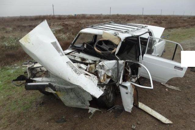 Престарелые супруги погибли при столкновении джипа слегковушкой наСтаврополье