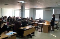 Тюменские студенты обсудили социальное предпринимательство с практиками