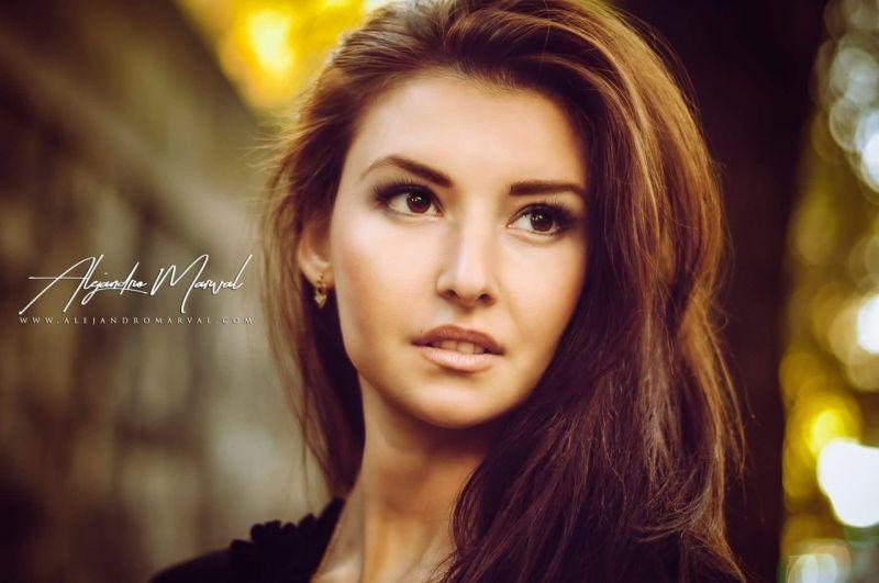 Ростовчанка Илона Понкратова завоевала награду международного конкурса красоты Miss Asia Awards 2017, который состоялся в Южной Корее.