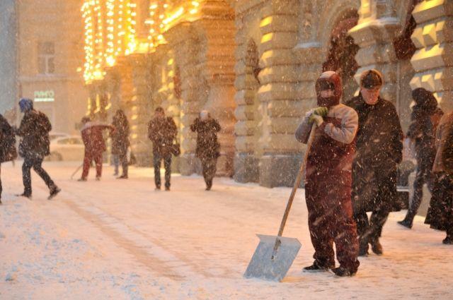 На трассах Петербурга вовторник предполагается гололедица