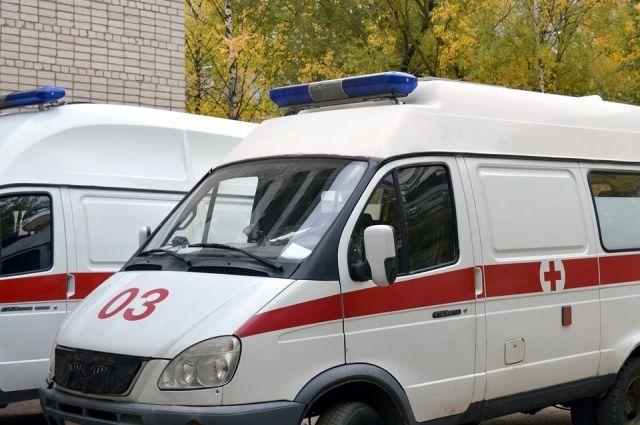 Машина скорой сбила пожилую женщину вСеверодвинске