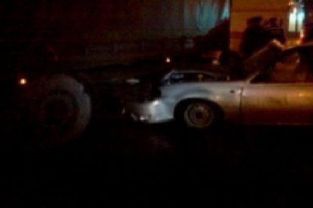 ВРязанском районе иностранная машина впечаталась вбольшегруз