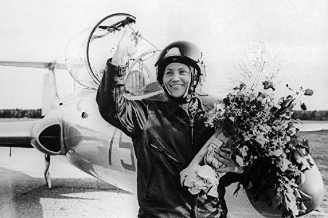 НаКубани пройдет вечер памяти летчицы Марины Попович