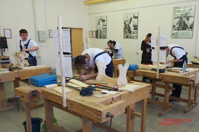 Тюменцы участвует в национальном чемпионате Абилимпикс в 14 компетенциях