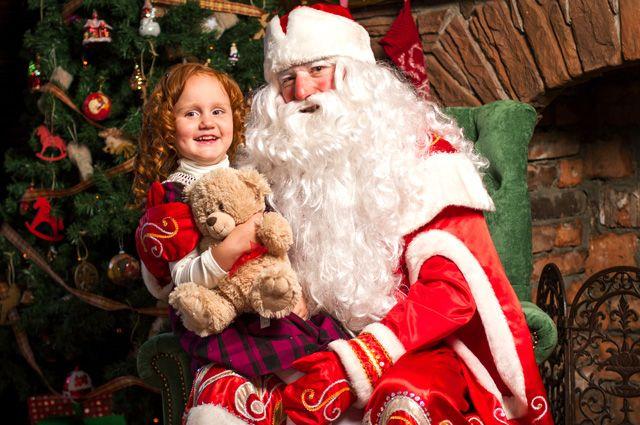 f395dc3a69a7 И это все о нем. 7 любопытных фактов из биографии Деда Мороза ...