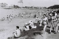 Когда-то челябинцы могли совершенно спокойно купаться в миасской воде - пляжи в городской черте были переполнены.