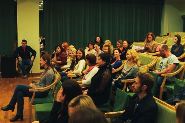 Зрители всегда тепло относились к театру Олега Жуковского