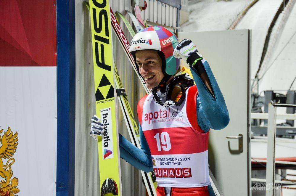 Немецкий прыгун Грегор Дешванден сталь седьмым.