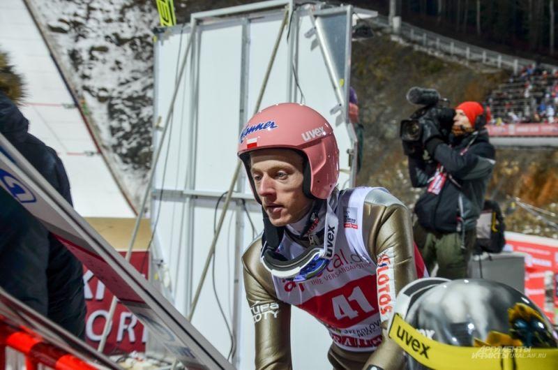 Польский прыгун Давид Кубацкий.