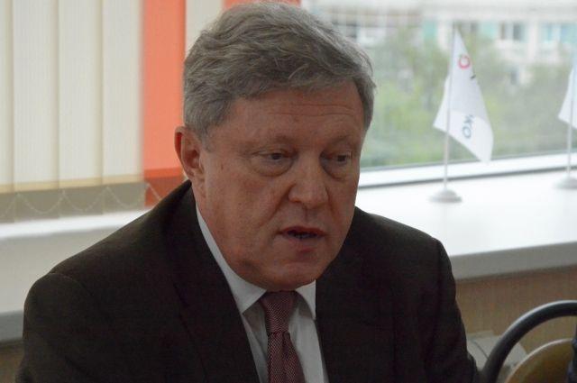 Явлинский назвал своего основного оппонента навыборах президента