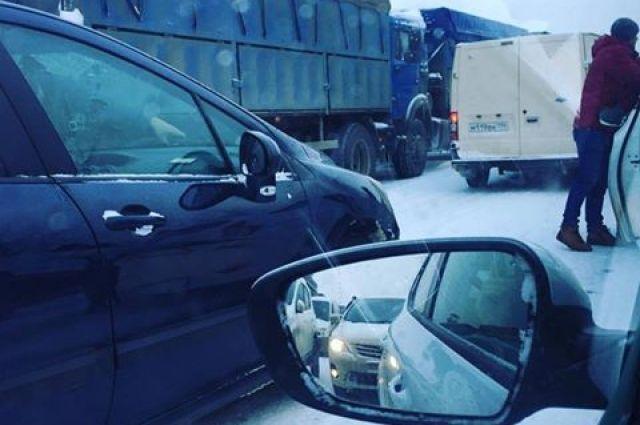 НаМосковском шоссе Петербурга ограничат движение досередины декабря