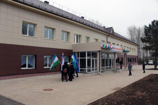 ВБашкирии врамках программы к100-летию республики отремонтировали сельский клуб