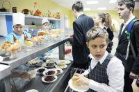 27 детей пострадали от некачественного питания в школьной столовой.