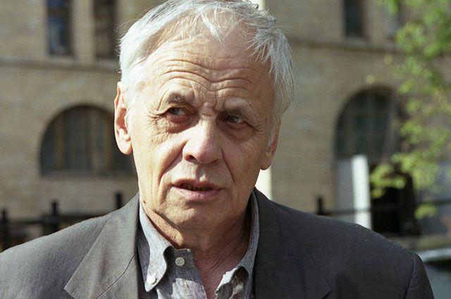 Владимир Наумов.