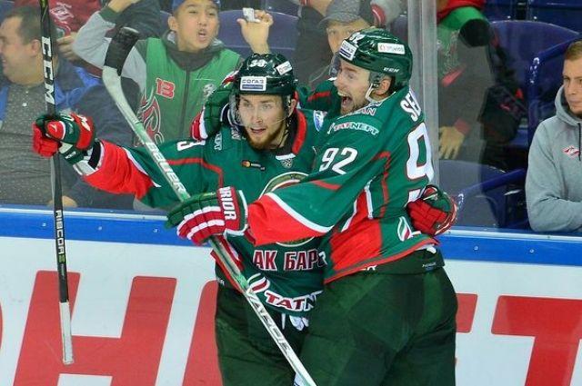 Хоккеисты минского «Динамо» вгостях проиграли казанскому «АкБарсу»