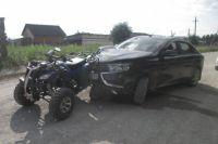 Пьяный водитель влетел в квадроцикл.