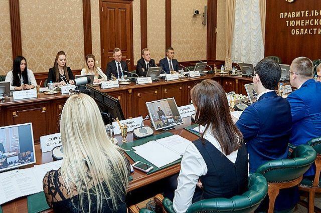 Члены совета во главе с губернатором региона Владимиром Якушевым утвердили план работы на 2018 год