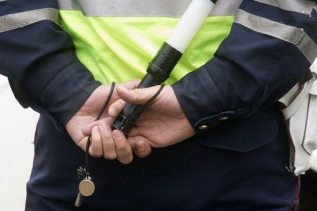 Инспекторы ГИБДД вКазани открыли огонь, чтобы остановить «гонщика»