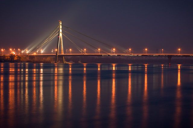 Сегодня вКиеве частично ограничат движение наМосковском мосту