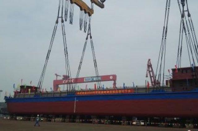 В Китае создали первое полностью электрическое судно
