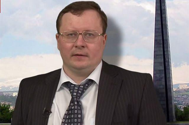 Александр Разуваев.