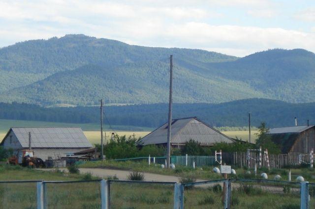 Укрупнение сельских и поселковых советов федеральная власть увязывает с финансовой помощью региону.