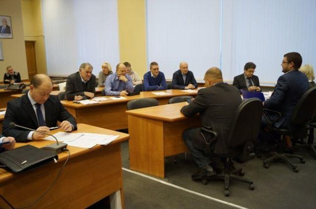 Депутаты поручили разработать график вложений в тепловые сети Дзержинска.