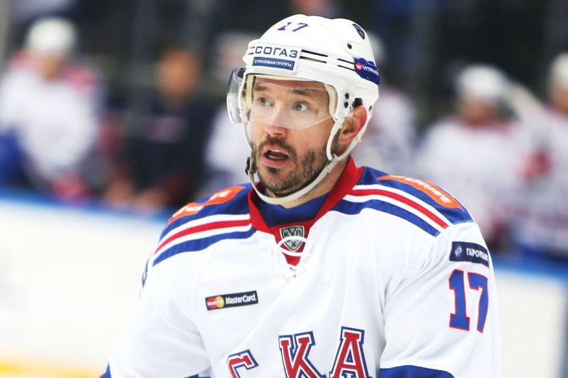 Илья Ковальчук (хоккей) — бронзовый призер Олимпиады-2002, двукратный чемпион мира, двукратный обладатель Кубка Гагарина, участник олимпиады в Сочи.