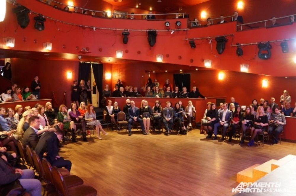 На праздник АиФ пришли около 200 гостей.