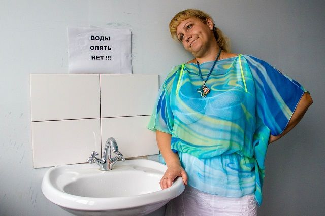 Неменее  100 частных домов Твери остались без воды из-за повреждения насетях