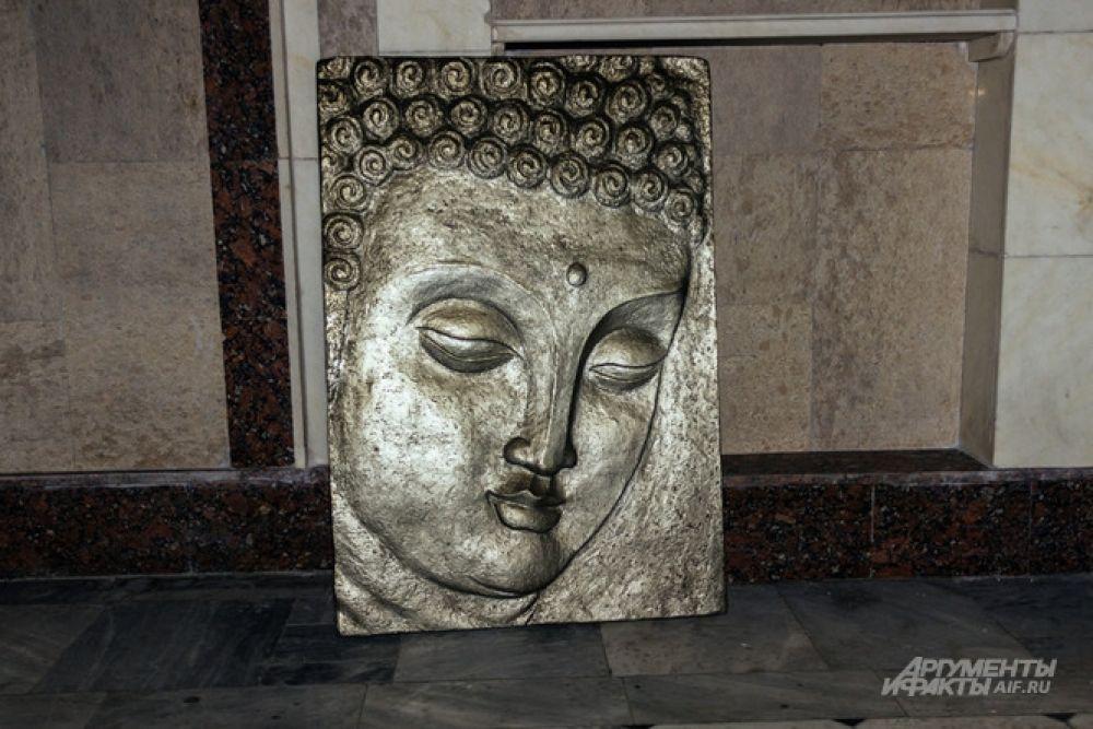 ПРи пожаре сильно пострадал Буддийский зал, где был рабочий кабинет Ильдара Ханова.