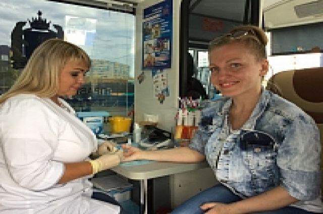 Проверить сердце и кровь ямальцы могут прямо в автобусе