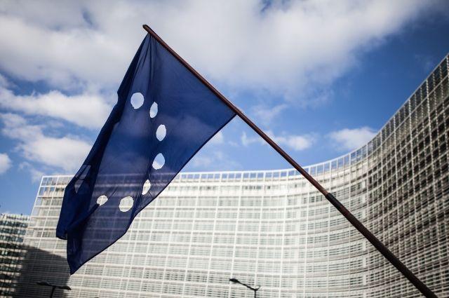 Европейская комиссия  подала наПольшу иЧехию всуд